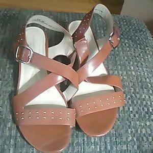 Avenue Cloudwalker Sandals